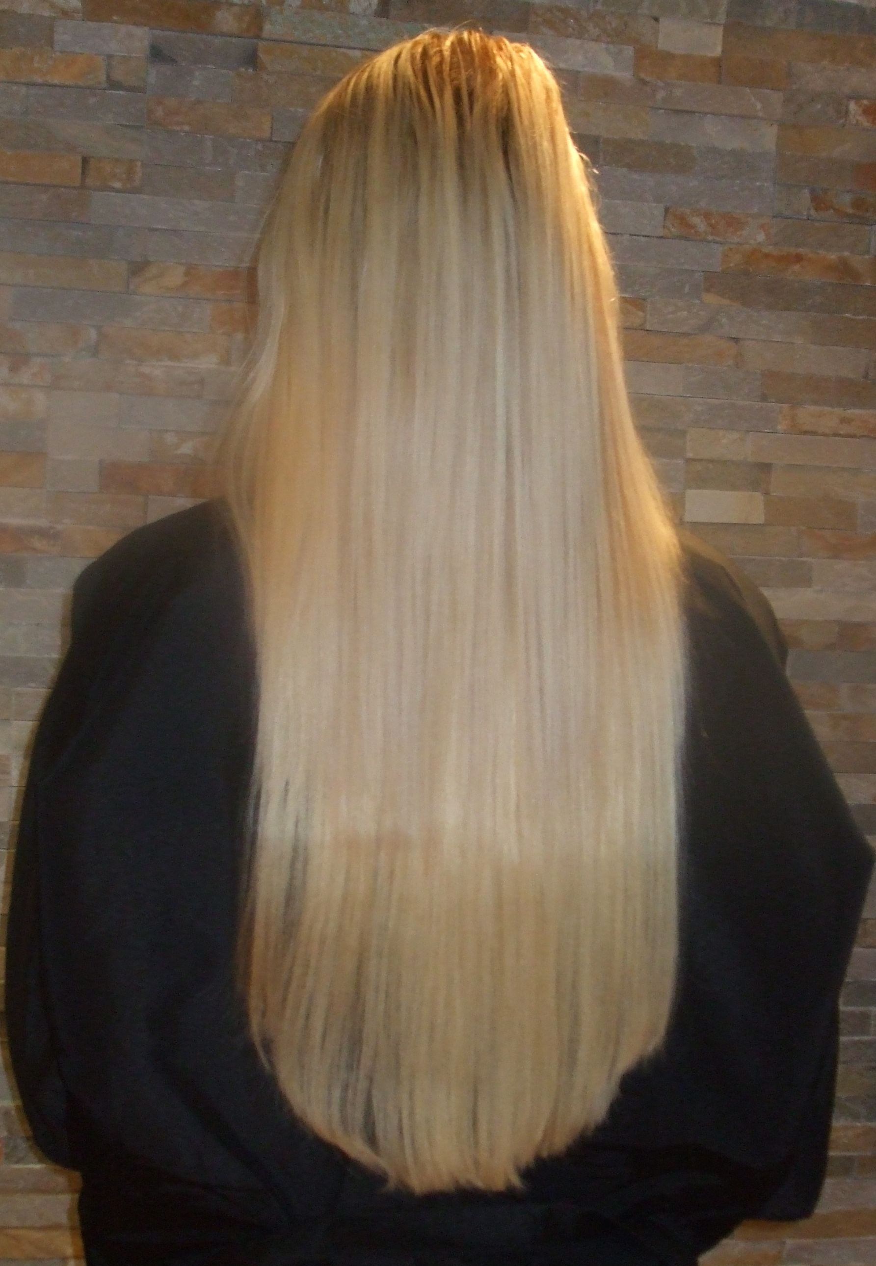 Hairextensions these straight hair extensions blend into the hair perfectly pmusecretfo Gallery